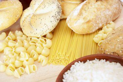 Bệnh tiểu đường nên kiêng mì ống, bánh mì trắng, gạo