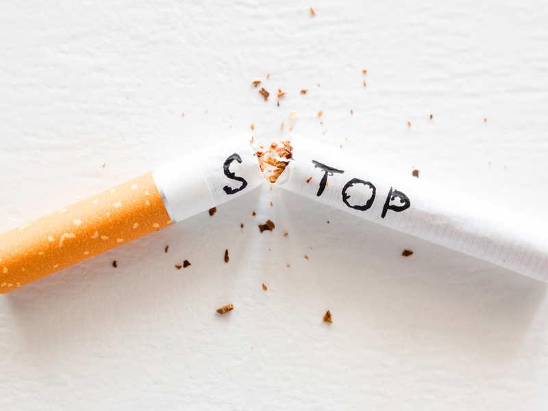 Bỏ thuốc lá phòng ngừa rụng tóc