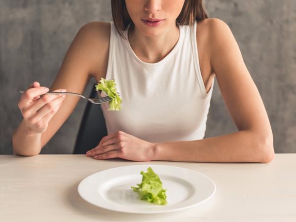Các yếu tố nguy cơ làm tăng nguy cơ chán ăn