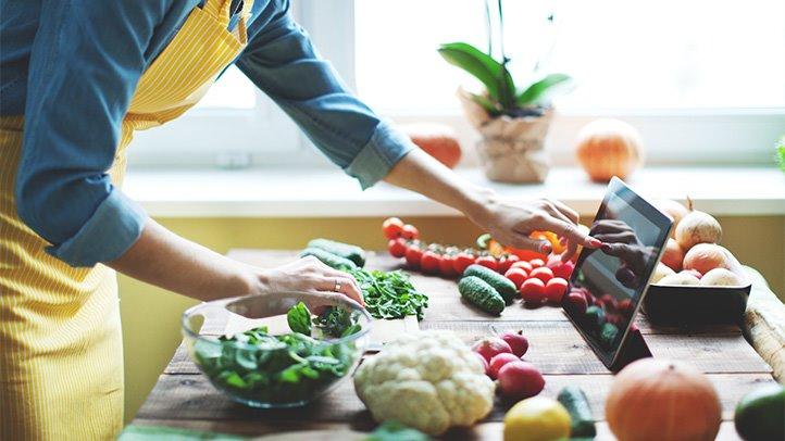 Low-carb giúp giảm lượng đường trong máu và insulin
