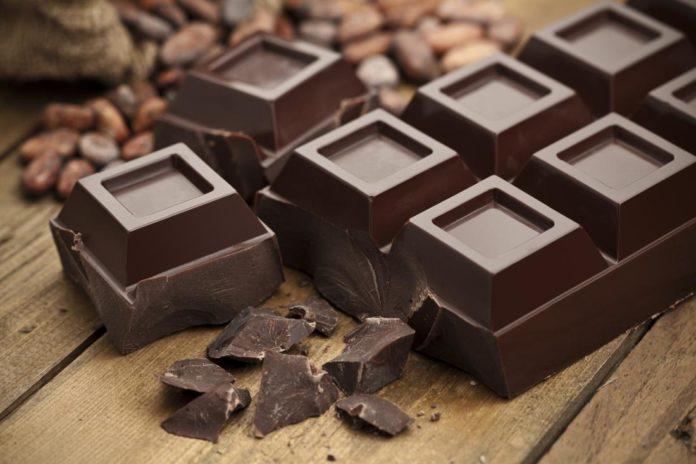 sô cô la đen giúp giảm huyết áp