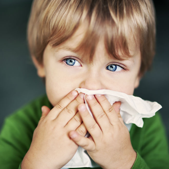 Trẻ bị cảm lạnh phải làm thế nào?