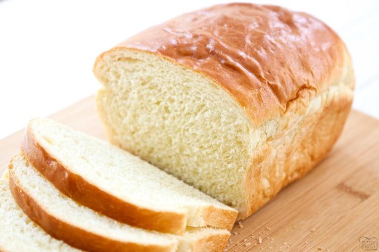 Bánh mì trắng làm tăng quá trình lão hóa của da